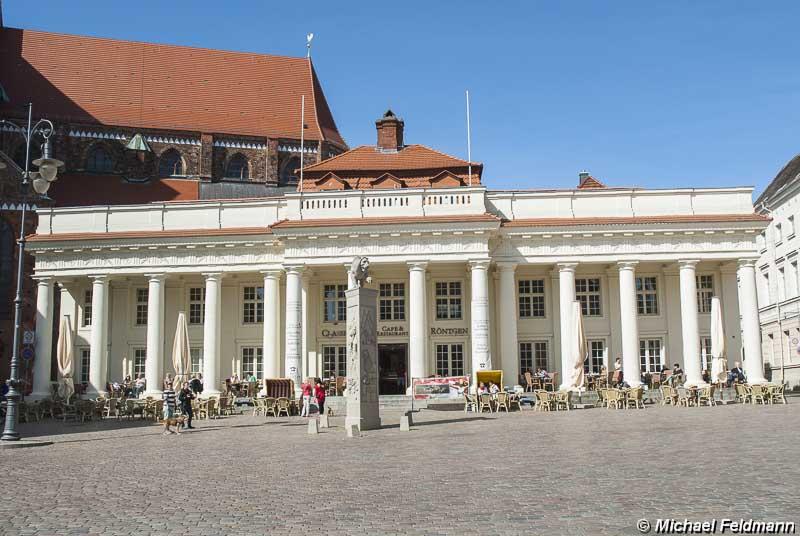 Säulengebäude Schwerin
